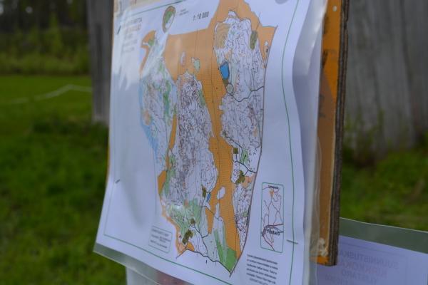 Myös karttaa sai tutkailla ennen lähtöä.